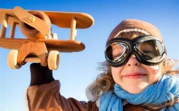 Dicas para viajar de avião com crianças